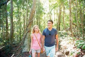australien queensland sunshine coast lamington np couple