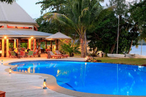 Suedsee/Fidschi/Tavenui/Matangi-Private-Island-Resort-Poolanlage